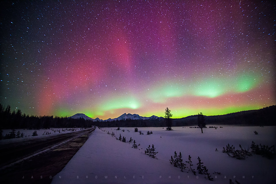 Aurora Borealis. From Central Oregon, Cascade Mountains by Jason Brownlee Photography